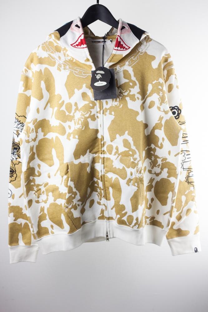 NWT/Bag 2009 Cow Hoodie Gold Zip Up